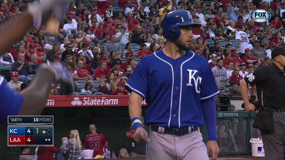 Perez's bases-loaded RBI