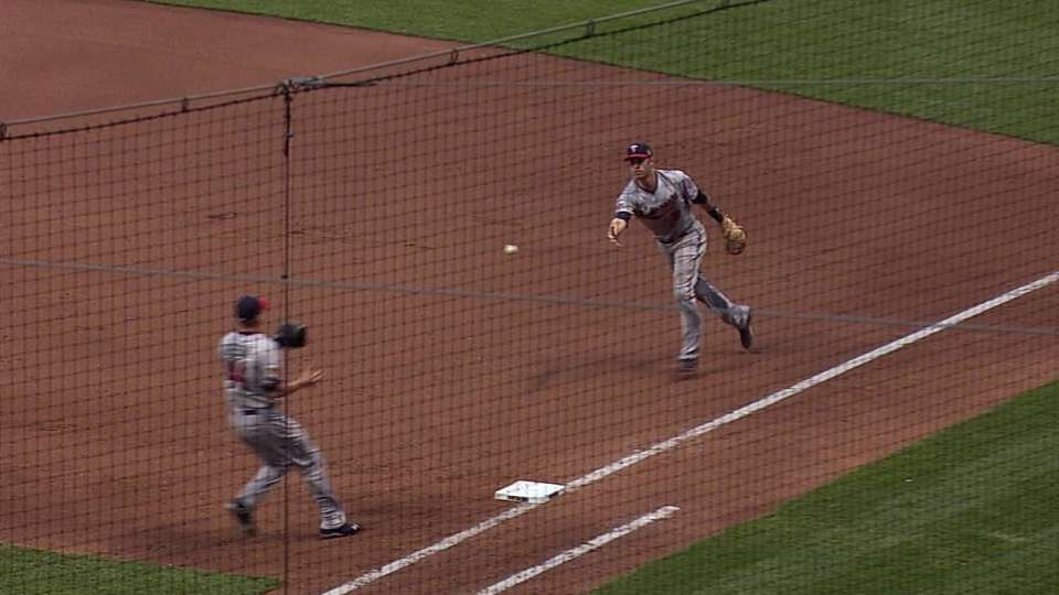 Mauer's excellent diving play