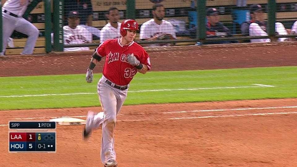 Hamilton's solo home run