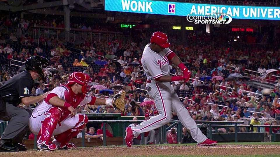Mayberry's pinch-hit home run