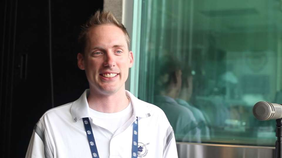 Meet the new Padres PA announcer