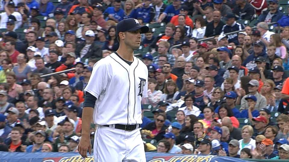 Porcello goes seven innings