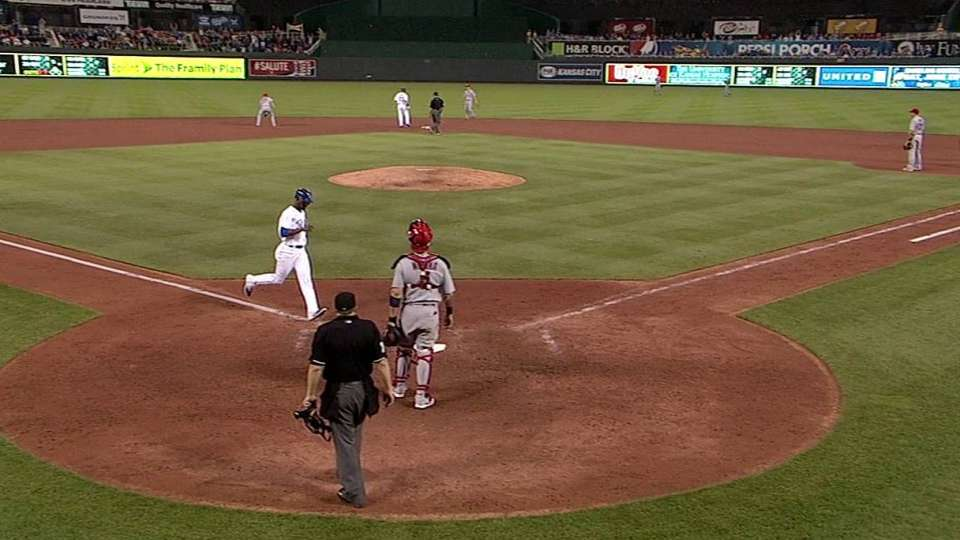 Cain's game-tying single