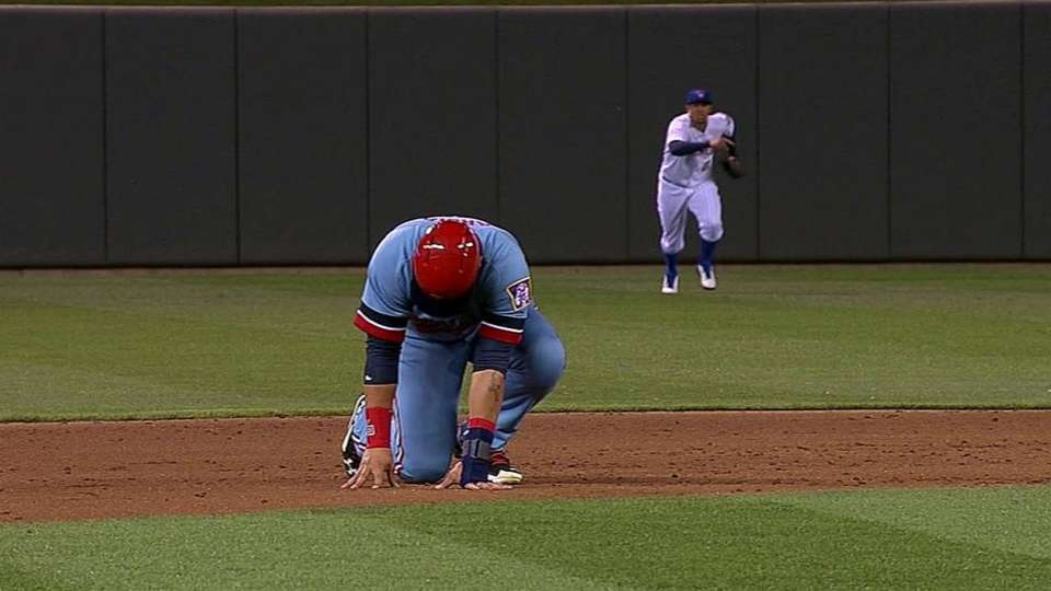 Arcia leaves game with an injury