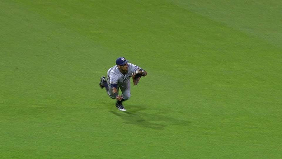 Davis' diving catch