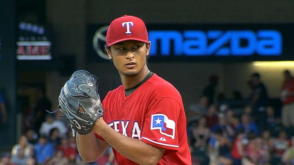 Darvish's strong outing