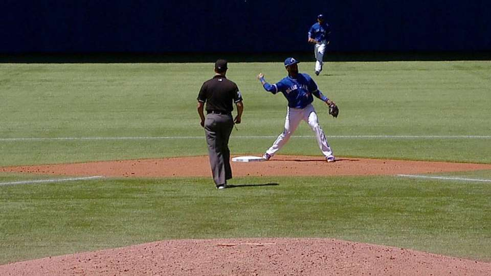 Lind starts the double play