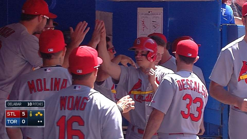 Cardinals score four in the 8th