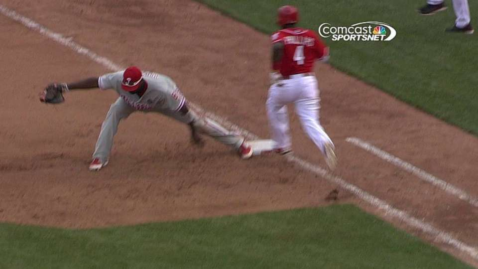 Rollins' diving grab and throw