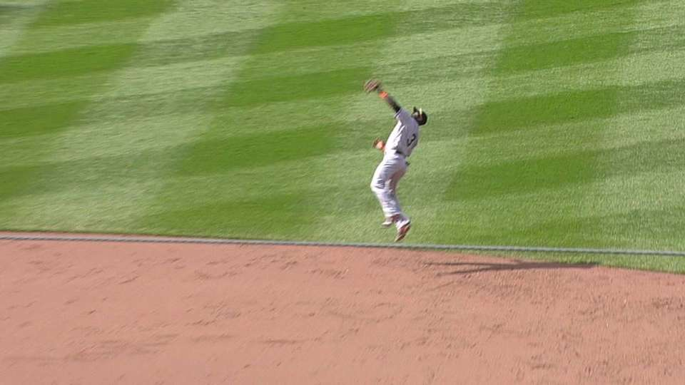 Hechavarria's leaping grab