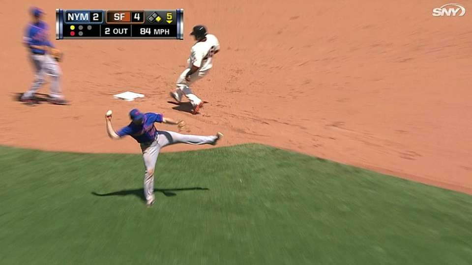Murphy's barehanded play