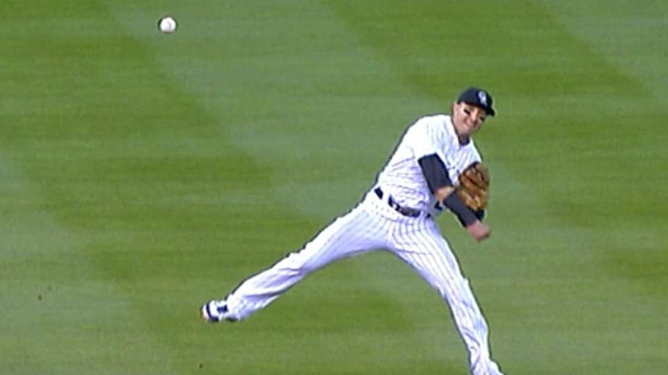 Tulo flashes the leather