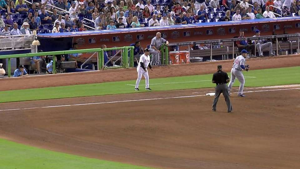 Cubs turn unusual double play