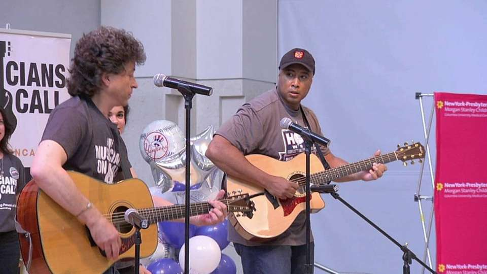 Yankees play music for HOPE Week