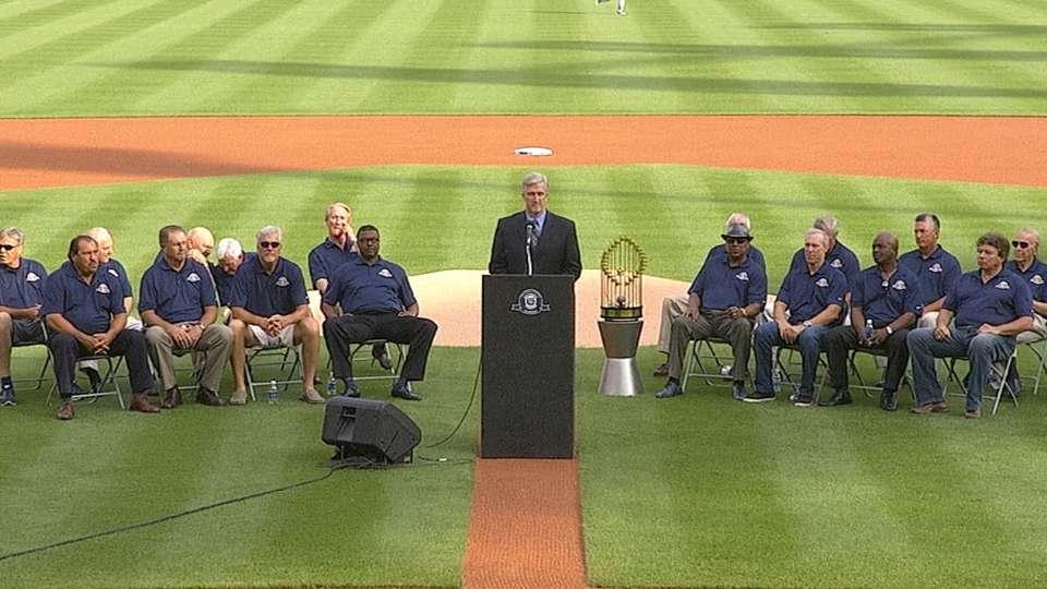 Tigers honor '84 Series team