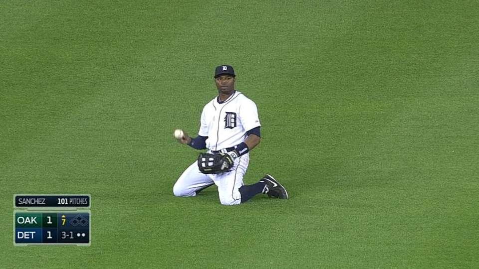 Davis' sliding catch