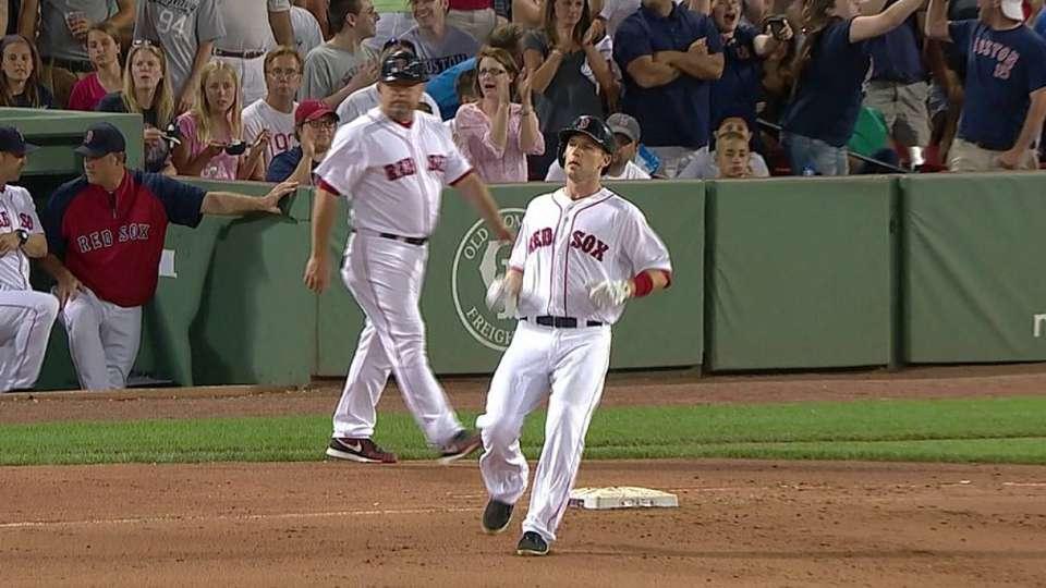 Drew breaks up the no-hitter