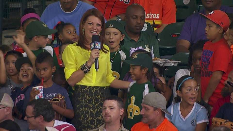 Young fan on realizing homer