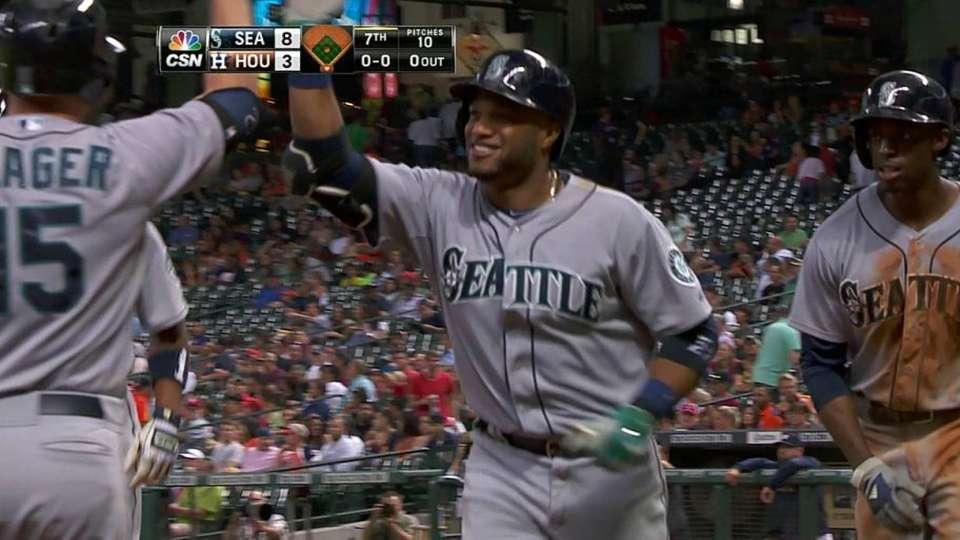 Cano's three-run homer
