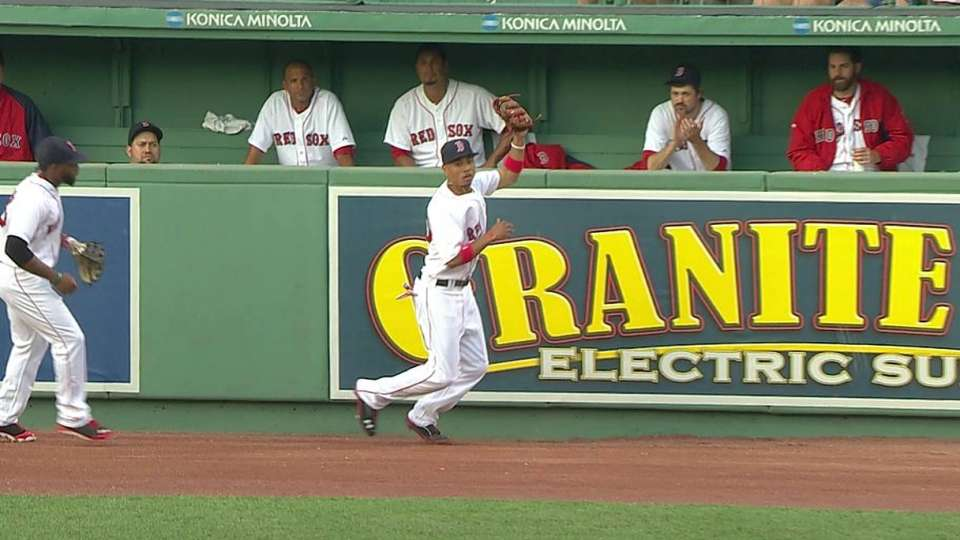 Betts' catch at the wall