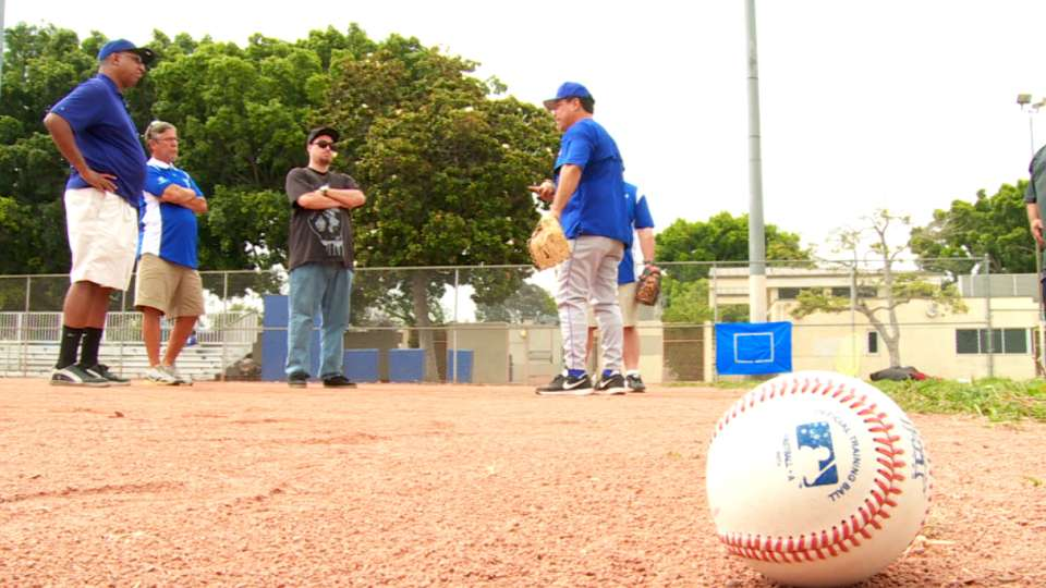 Dodgers host coaching clinic