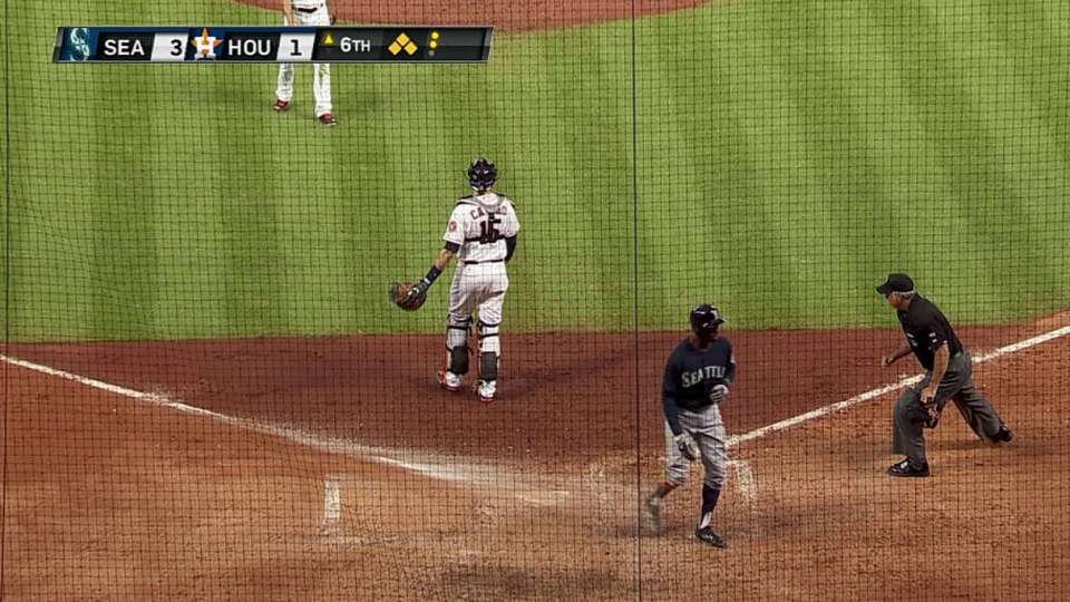 Cano's two-run double