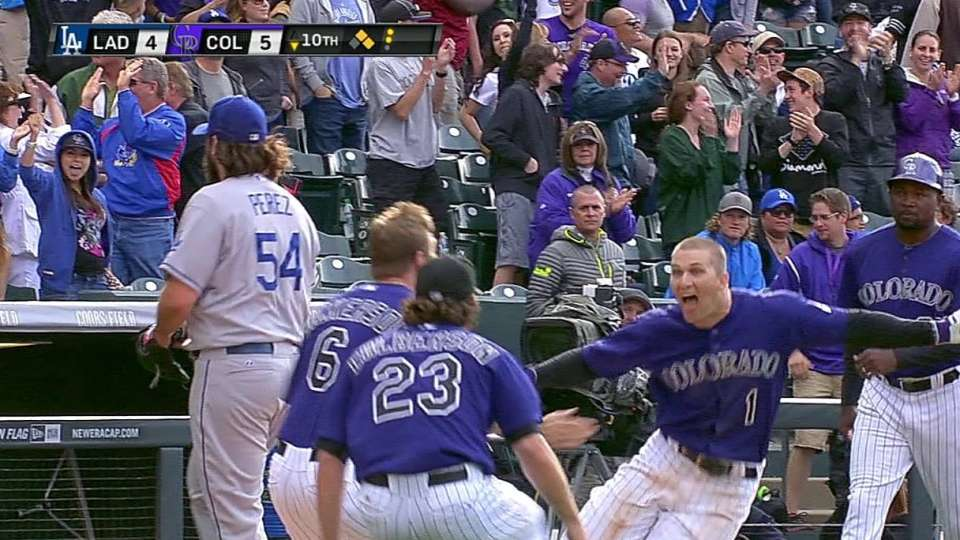 Barnes' walk-off triple