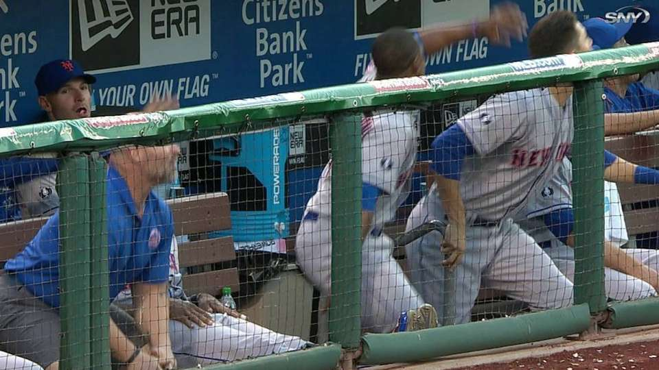 Colon's foul excites Mets dugout
