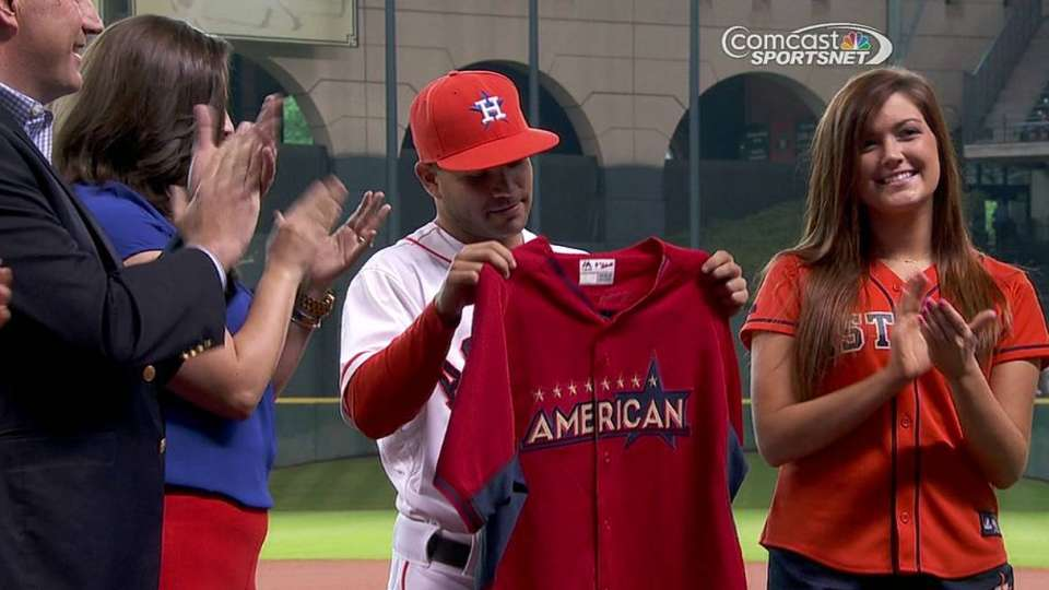 the latest 561f9 65af5 Altuve gets All-Star jersey