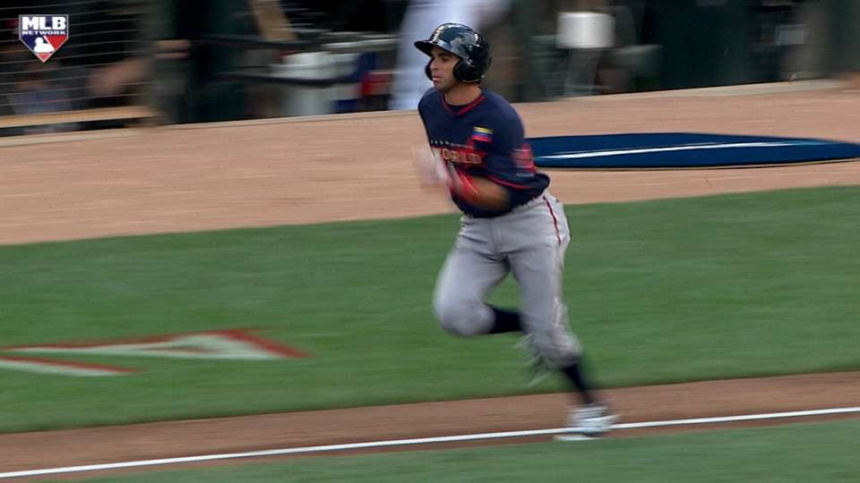 Peraza legs out infield single