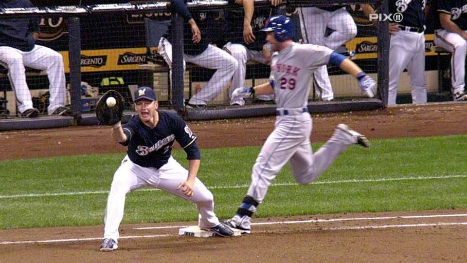 Mets challenge out call