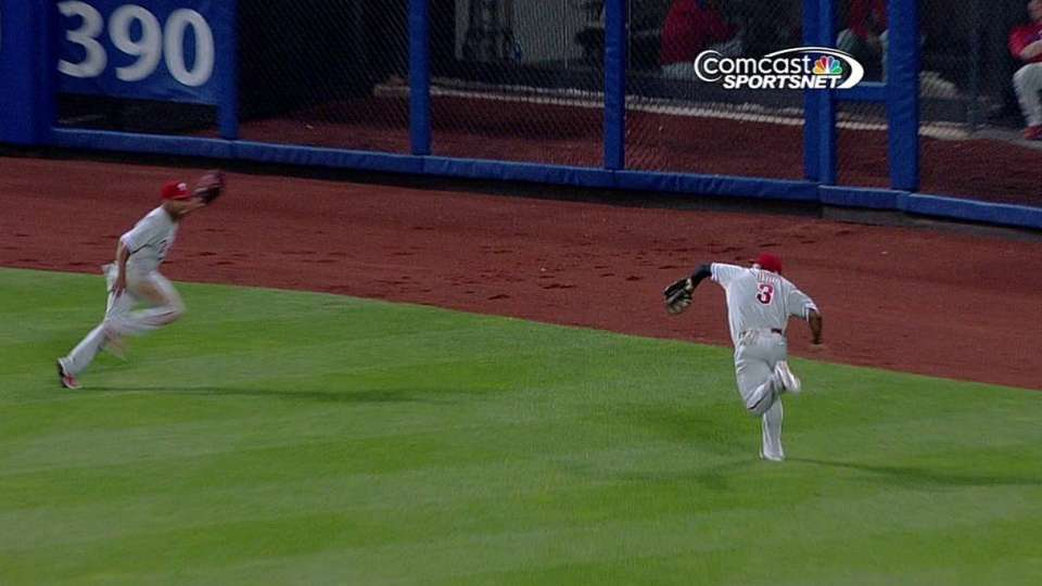 Byrd's backhanded catch