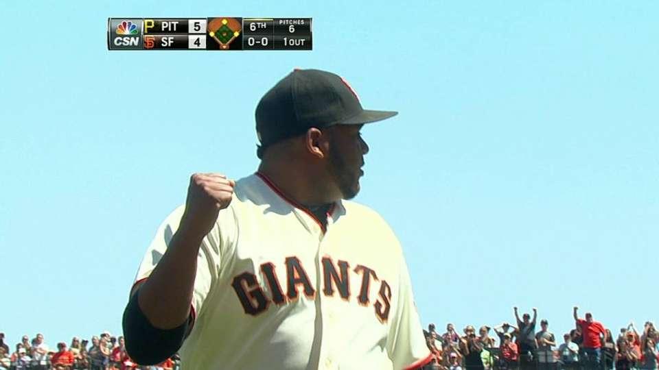 Giants turn unusual double play
