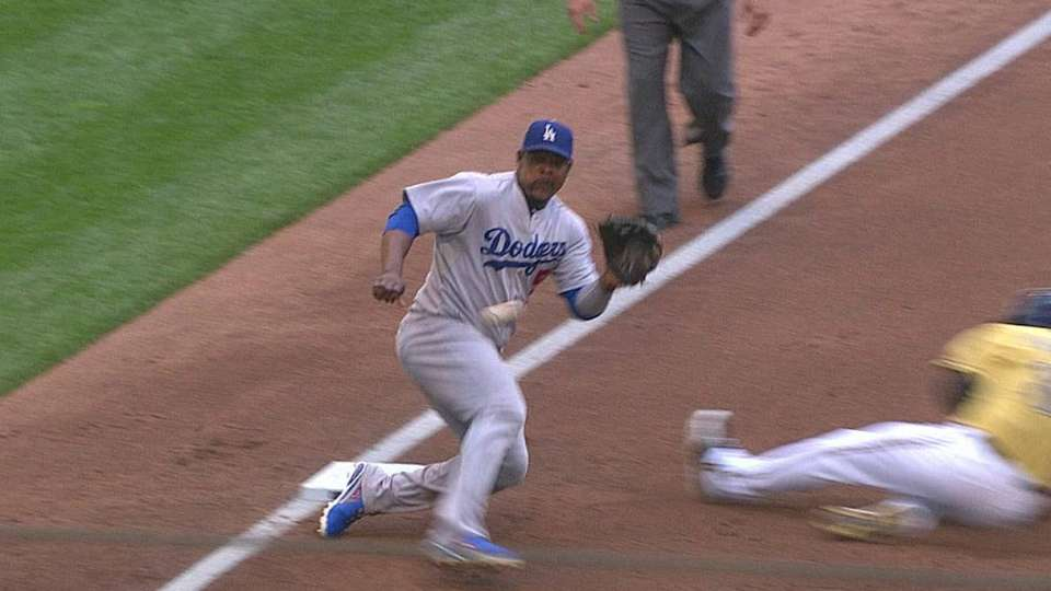 Dodgers challenge call at third