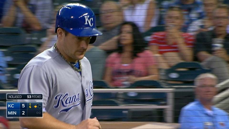 Royals' five-run 4th inning