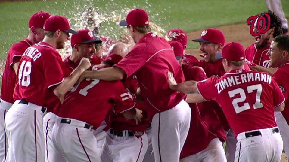 Hairston's walk-off sac fly