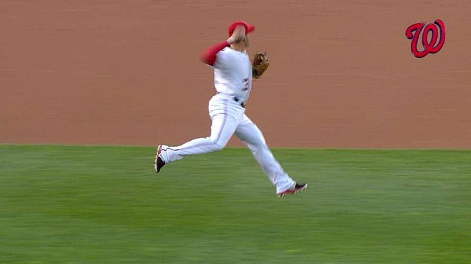 Must C: Cabrera's blind throw