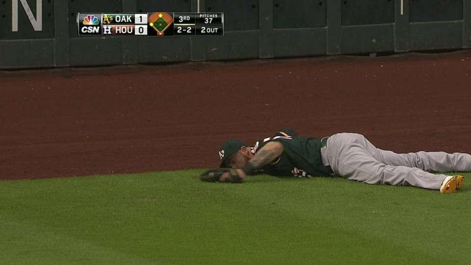 Gomes' run-saving catch
