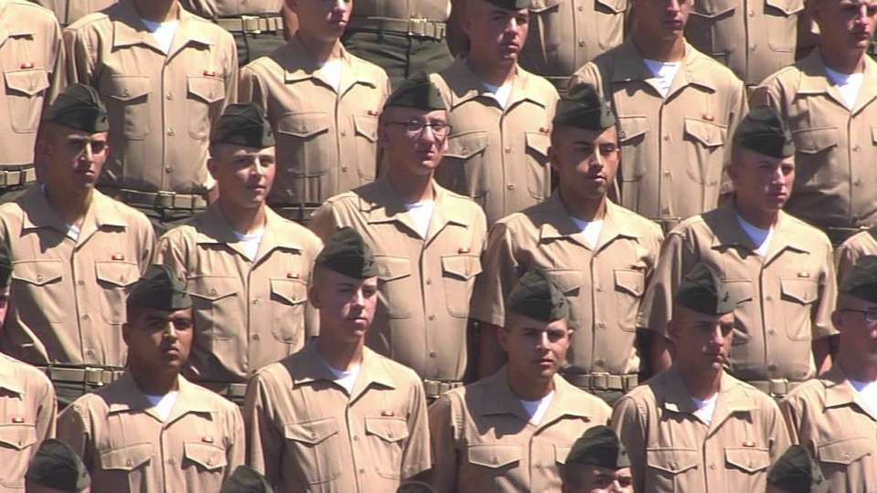 Padres honor the military