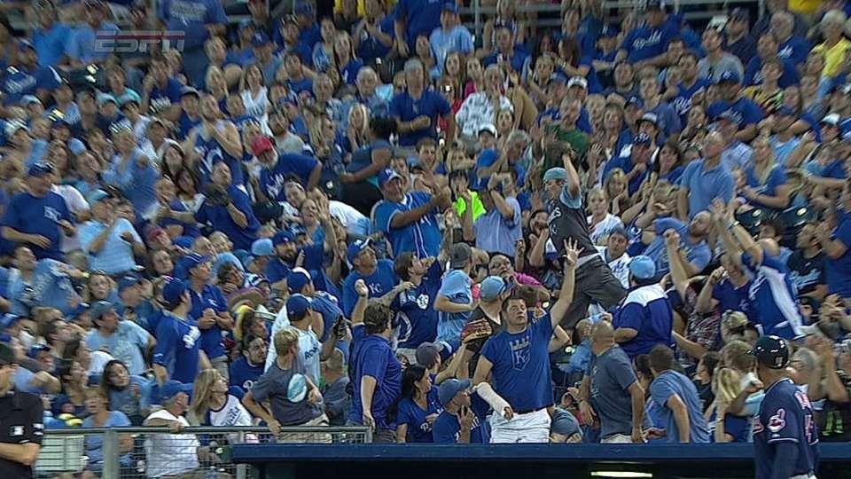 Fan makes impressive catch