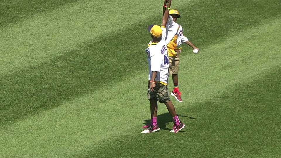 JRW takes the field at Wrigley