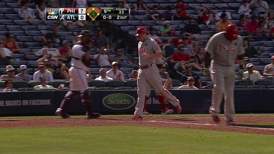 Howard's bases-loaded walk