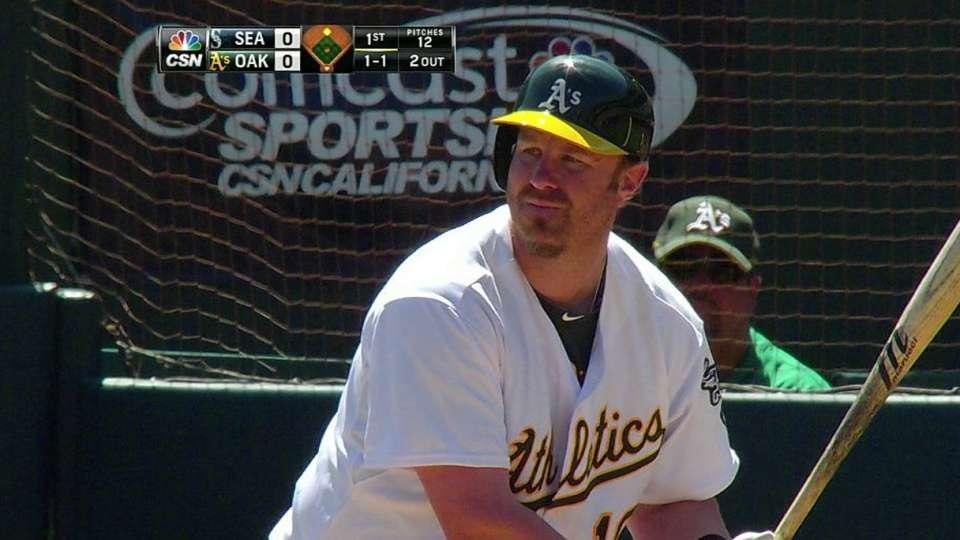 Dunn's two-run homer