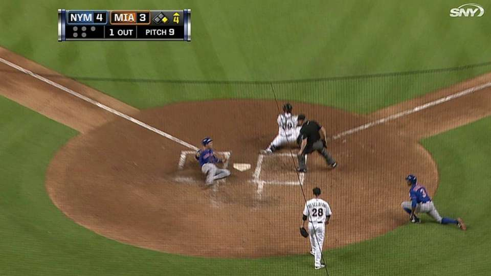Lagares' RBI single