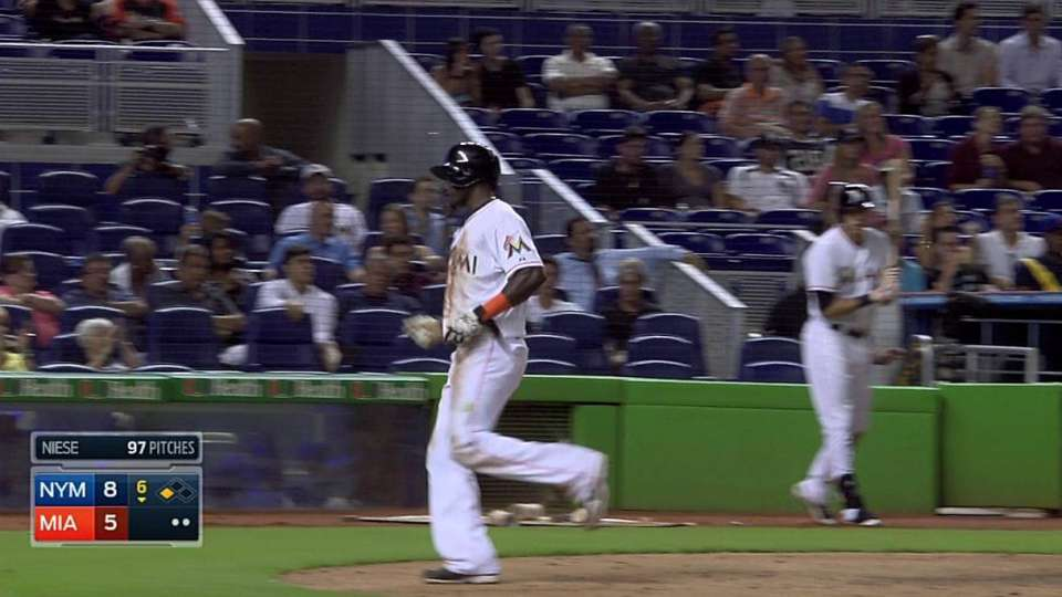 Jones' RBI groundout