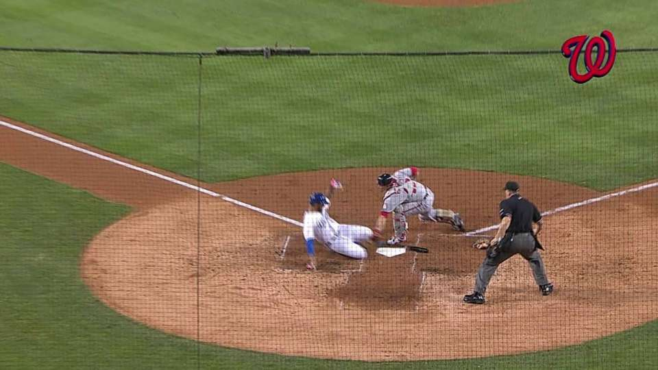 Cabrera throws out Kemp