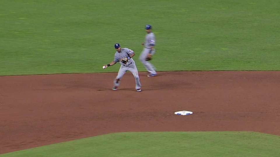 Andrus' barehanded play