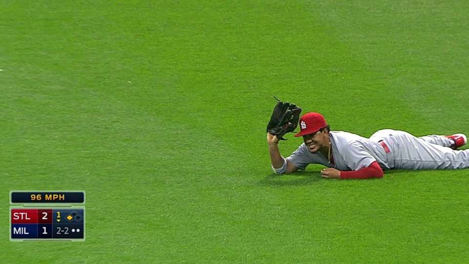 Jay's diving catch