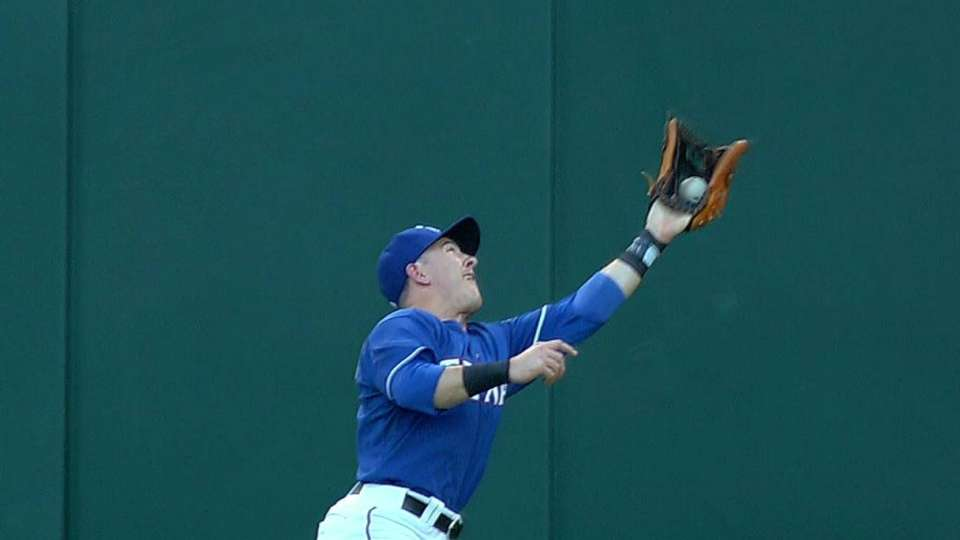 Robertson's running catch