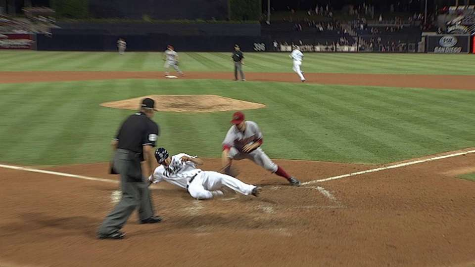 Venable scores on wild pitch